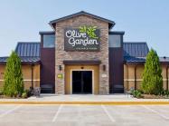 Exterior of an Olive Garden restaurant.