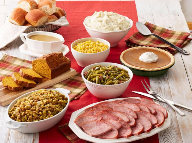Mimis Christmas Holidayham Feast To Go 2021 Bob Evans Offering Ready To Heat Meals For Christmas And New Year S Fsr Magazine