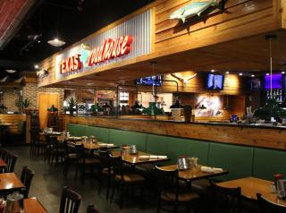 Interior of a Texas Roadhouse restaurant.
