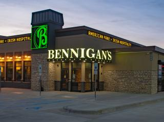 Bennigan's exterior of a restaurant.