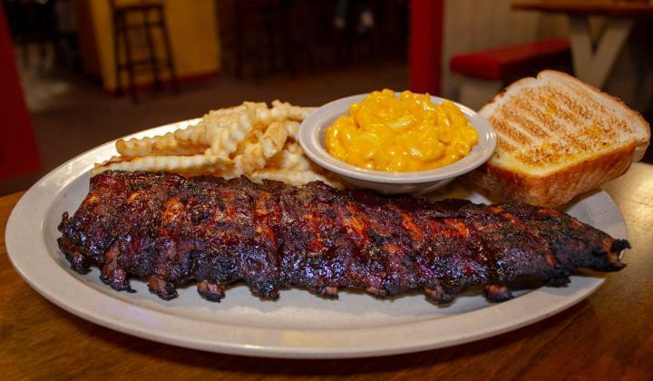 A platter of ribs at Woody's Bar-B-Q restaurant.