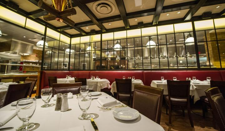 The dining room at Gallaghers Steakhouse.