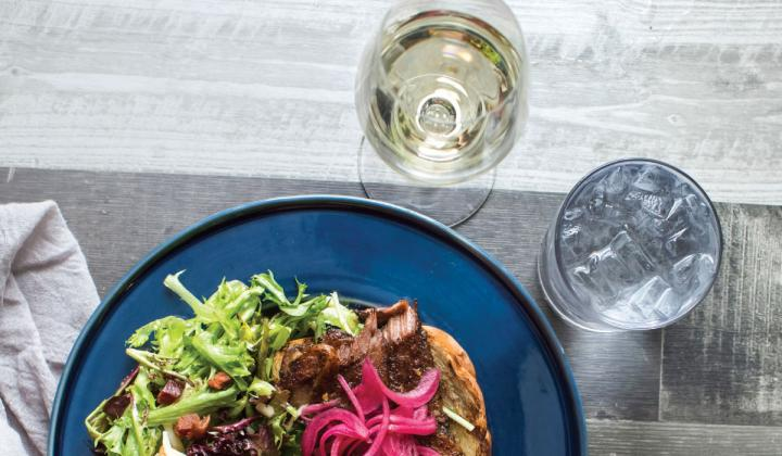 Fin & Fino may use unconventional wines as aperitifs but not as meal accompaniments.