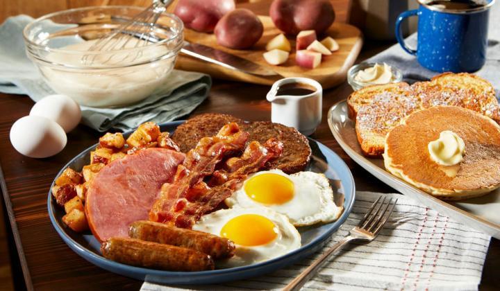 Bob Evans' Whole Hog Breakfast platter.