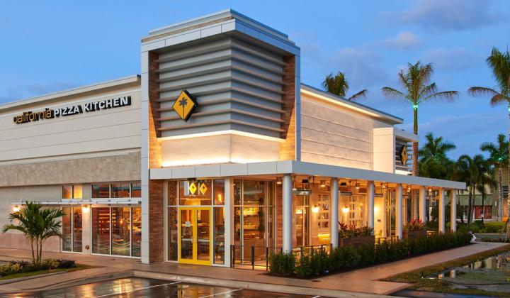 California Pizza Kitchen Headed to Canada for First Time | FSR ...