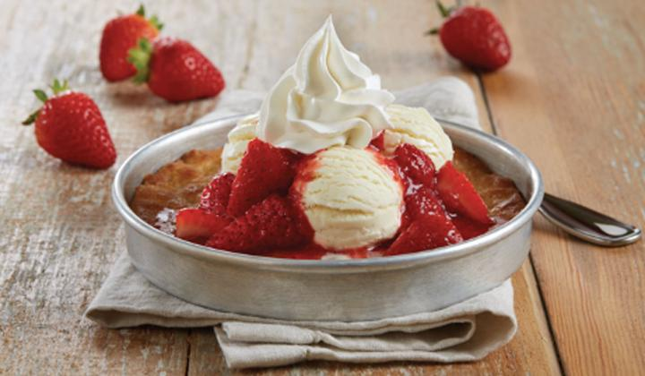 Strawberry Shortcake Pizookie