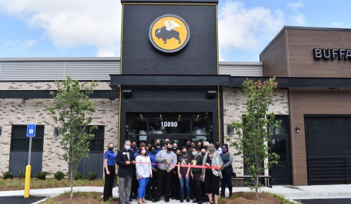 Buffalo Wild Wings ribbon cutting on a new restaurant.