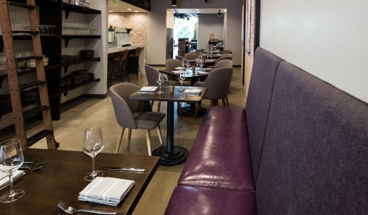 Blend 111 interior of restaurant.