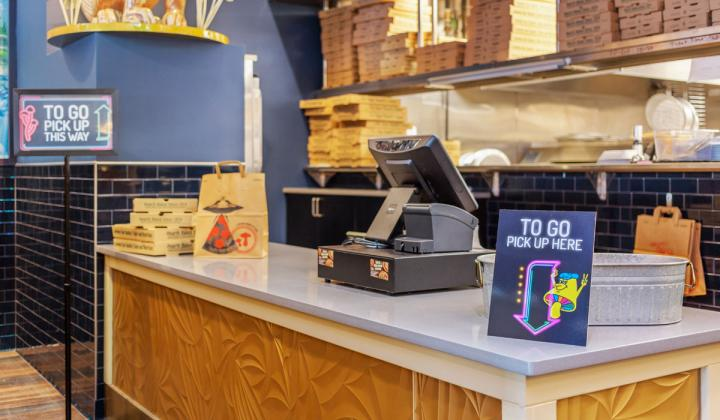 Mellow Mushroom takeout counter.