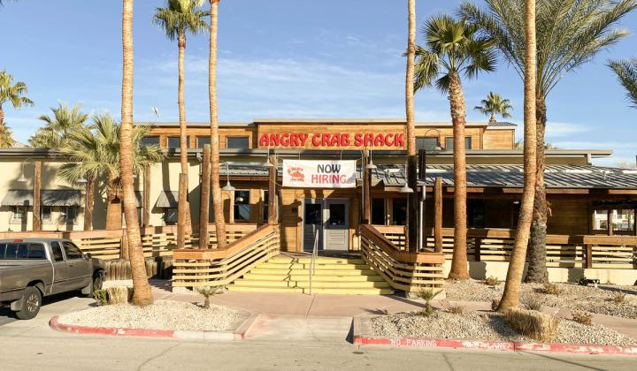 Angry Crab Shack exterior of restaurant.