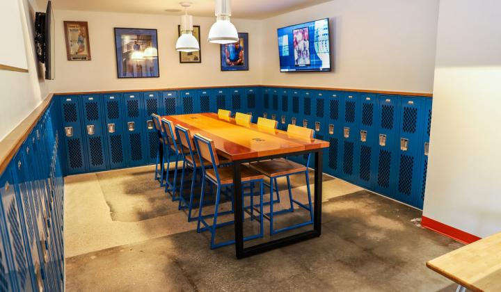 HomeCourt by Tracy McGrady interior.
