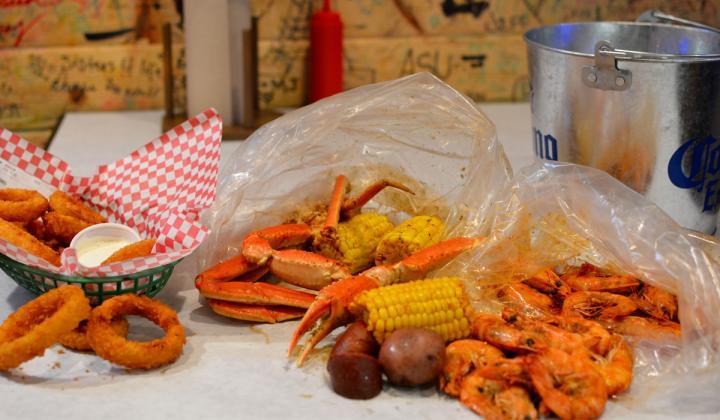Angry Crab Shack food.