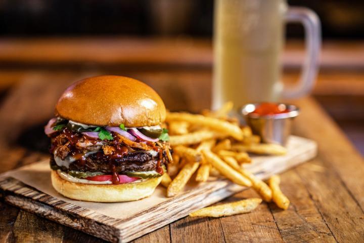Twin Peaks burger.