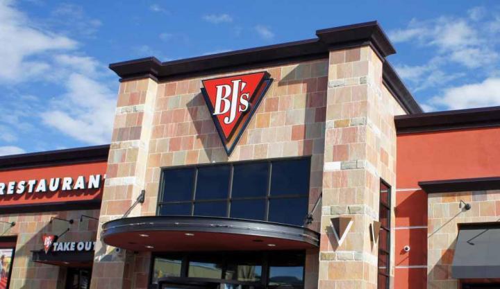 BJ's Restaurants sign outside a restaurant.