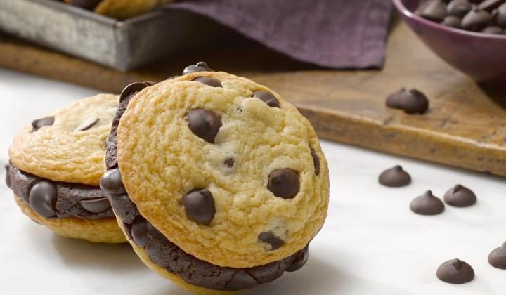 Chocolate Chip Cheesecake Cookies.