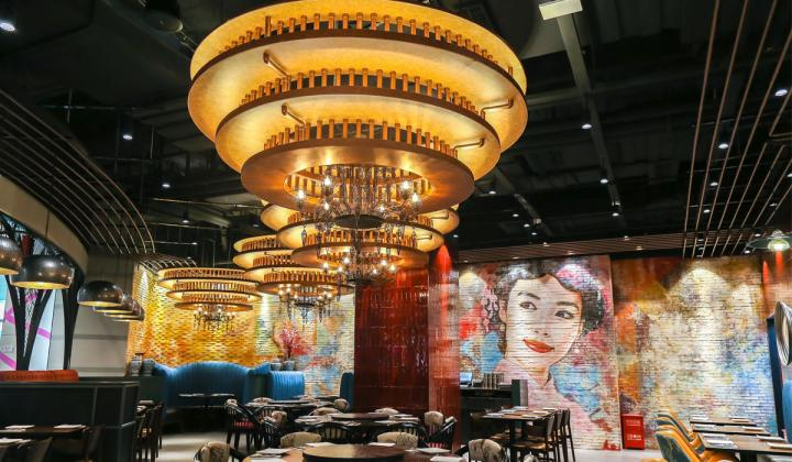 P.F. Chang's is opening its first restaurant in China at the No1 Mall on the iconic Nanjing Road in Shanghai.