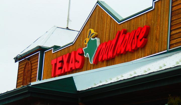 Texas Roadhouse restaurant sign.