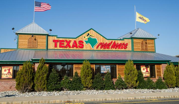 Texas Roadhouse To Raise Prices As Cost Battle Rages Fsr Magazine
