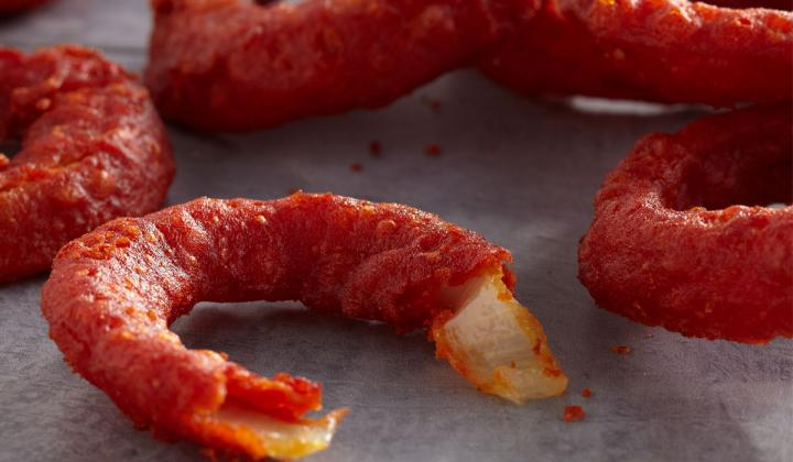 Molly's Kitchen Flamin' Battered Onion Ring: With the heat of the sriracha outside and sweet onion inside, this vibrant red onion ring features no artificial colors and is the first flamin' battered onion ring on the market.