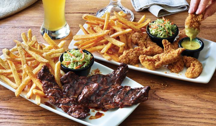 Riblets and chicken tenders with fries at Applebee's.