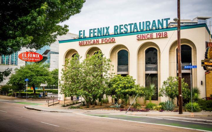 El Fenix has been a Dallas restaurant icon since 1918.