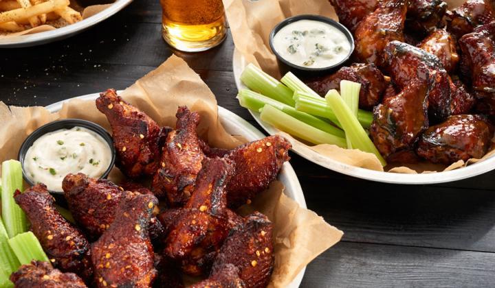 Taco Mac wings.