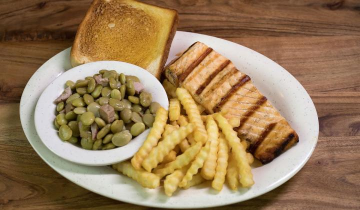 Salmon and sides at Woody's Bar-B-Q restaurant.